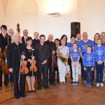 Společné foto s Holešovským komorním orchestrem