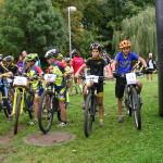 Startovní lajna nadupaných bikerů