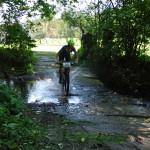 První z pěti kol Libuš a průjezd brodem v závěru kola