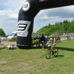 Spokojená bikerka v cíli