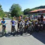 Startovní řada bikerů v Kašavě