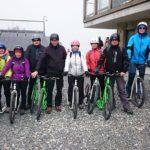 Startovní lajna specialistů na koloběžkový downhill z Pusteven do Trojanovic