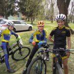 Závoďáci v cíli - Tom, Jarda a Ondra