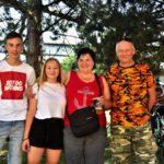 V cíli čekali Jarda, Maruš, Renča a Jaryn